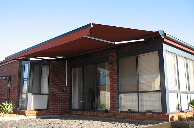 Folding Arm Awnings Melbourne   Retractable Awnings - Eurotec